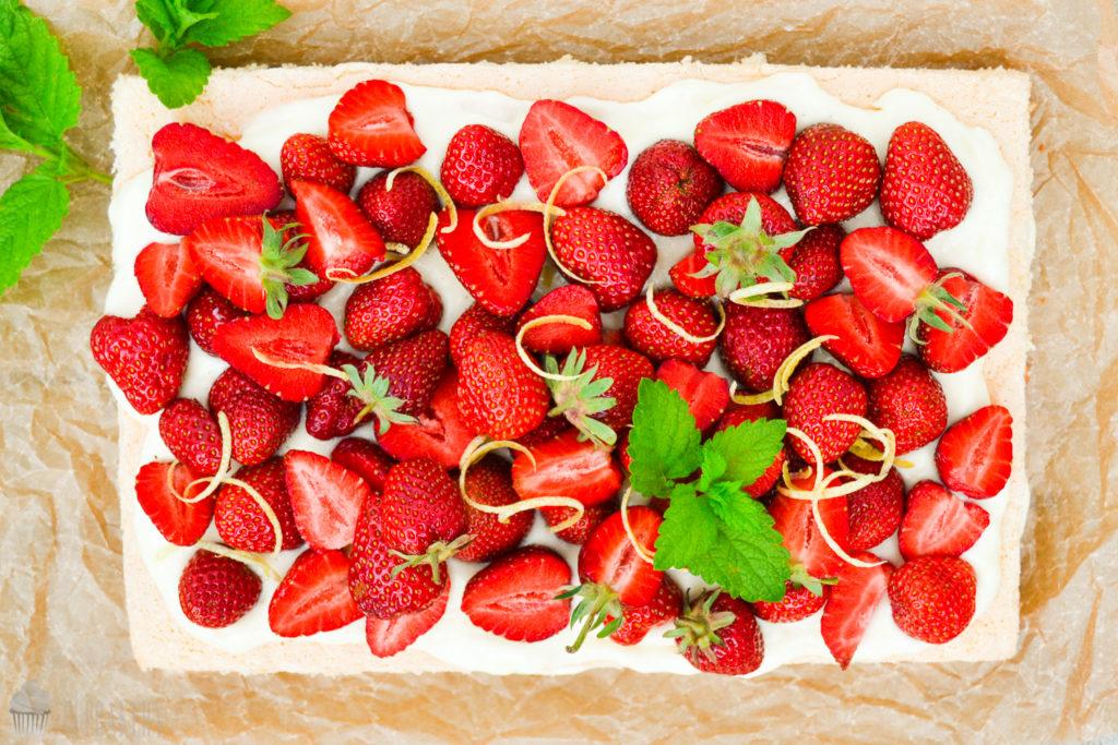 Erdbeerbiskuit001CSaraBertram
