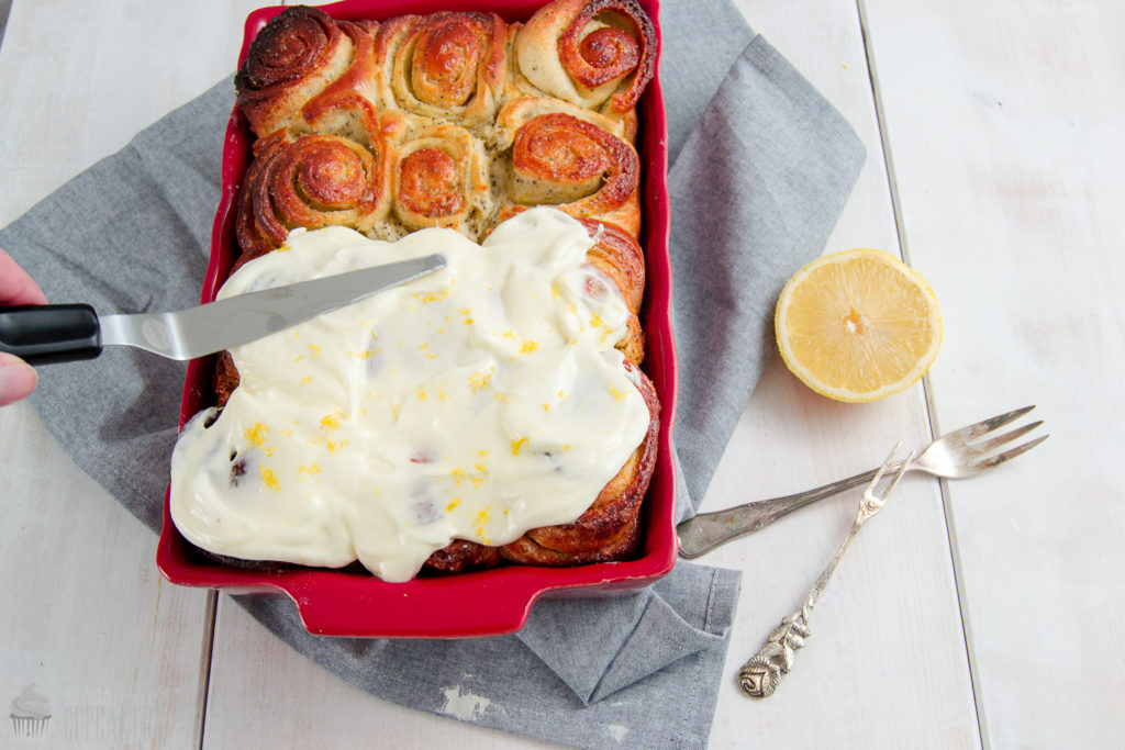 Mohn-ZitronenSchnecken039CSaraBertram