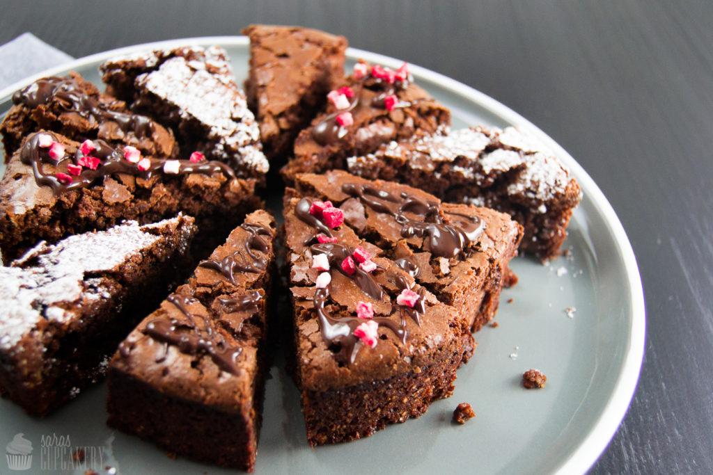 SchokoladenkuchenOhneMehl059CSaraBertram
