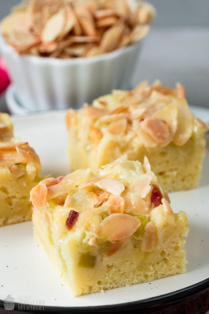Rhabarber-Buttermilch-Kuchen