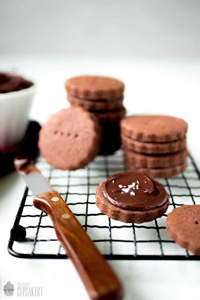 Schokoladen-Sandwich-Kekse