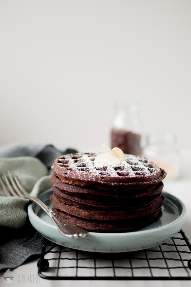 Schokoladen-Mandel Waffeln