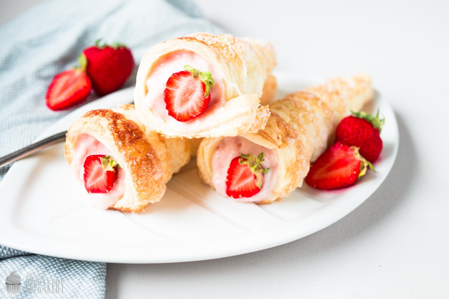Trubotschki mit Erdbeeren